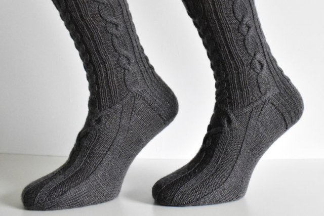 Dementor sock pattern by Dots Dabbles