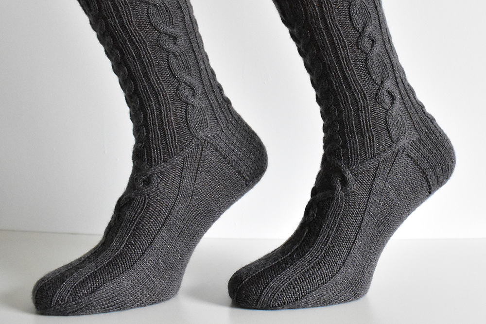 Dementor socks by Dots Dabbles