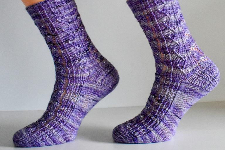 Elvenpath sock pattern by Dots Dabbles